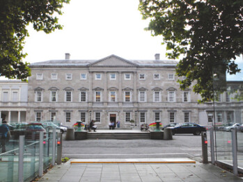 The Ireland's House of the Oireachtas is swapping out of BlackBerry into the Apple iPhone or Android models