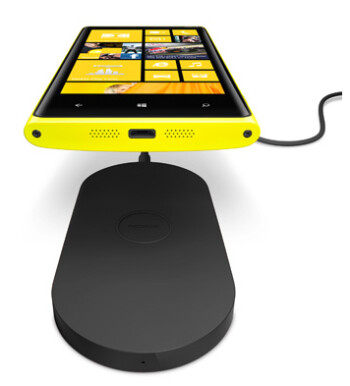 AT&T's free wireless charging plate deal for the Nokia Lumia 920 ends January 10th