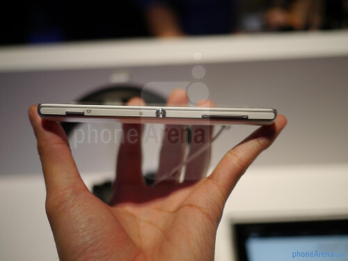 Sony Xperia ZL hands-on