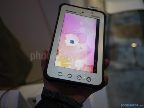 Panasonic ToughPad JT-B1 hands-on