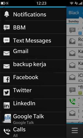Twitter and Google Talk apps for BlackBerry 10 appear in screenshots