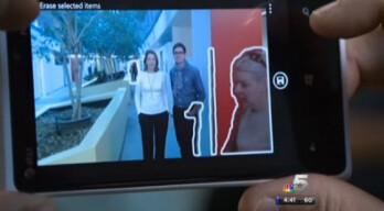 The Nokia Lumia 920 can remove someone who walks into a photo by accident