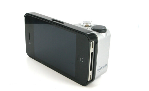 Turn your iPhone or Galaxy S III into a full-fledged point & shoot camera with the SnappGrip