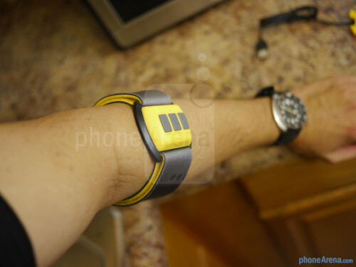 Scosche Rhythm Bluetooth Armband Pulse Monitor hands-on