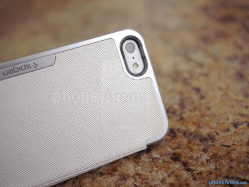 Spigen iPhone 5 Ultra Flip Case hands-on