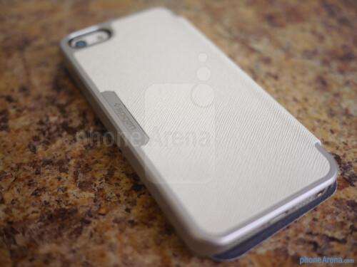 Spigen iPhone 5 Ultra Flip Case hands-on