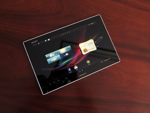 Sony Xperia Tablet Z hands-on videos emerge, signature power key is the new Xperia design logo
