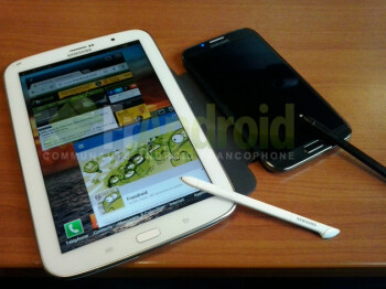 Leaked shot allegedly of the Samsung Galaxy Note 8.0 (L)