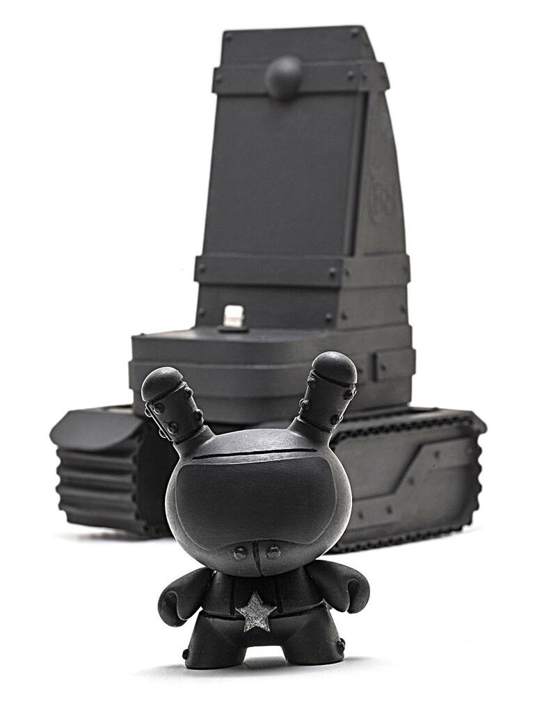 Noir Matte Black with Kid Robot