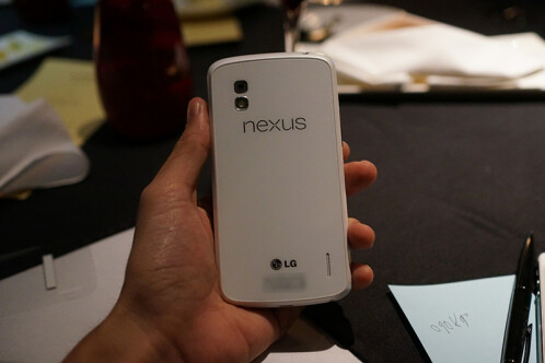Complete photo shoot with the white Nexus 4 appears