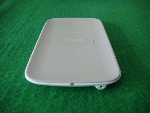 Samsung wireless charging pad images
