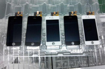 Pictures allegedly of the Apple iPhone 5S