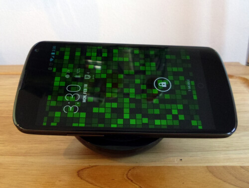 Nexus 4 Wireless Charger (Orb) hands-on