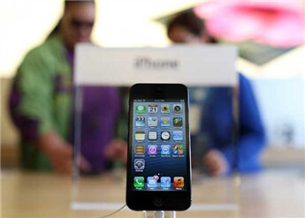 Will an Apple iPhone mini take too much business away from the Apple iPhone 5?