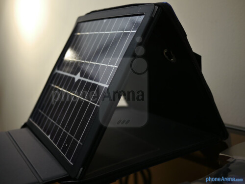 Gomadic SunVolt Max Solar Charger hands-on