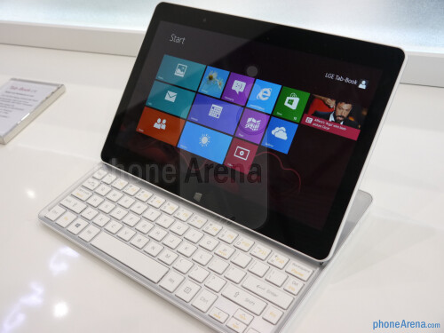 LG Tab-Book hands-on