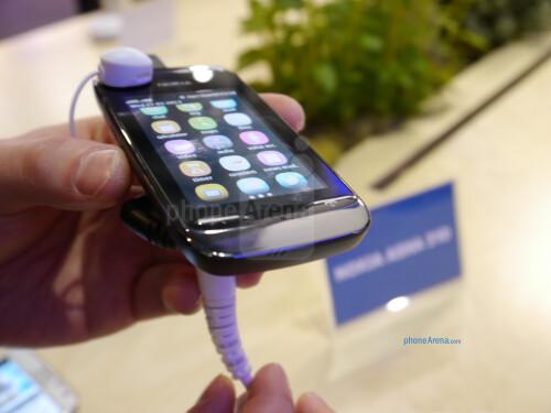Nokia Asha 310 hands-on