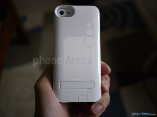 iKit NuCharge iPhone 5 Battery Pack & Case hands-on