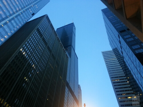 Gene Park - Samsung Galaxy S III<br>Great view of the monolithic Sears Tower from a pedestrian perspective