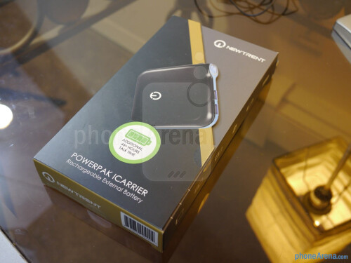New Trent iCarrier IMP120D 12,000 mAh Battery Pack hands-on