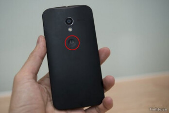 This is allegedly an earlier version of the Motorola X, note the touch sensitive logo on the back (R)