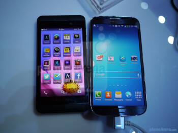4 Samsung Galaxy S vs BlackBerry Z10: primer vistazo