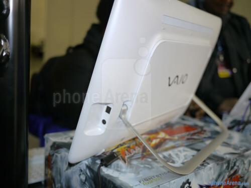 Sony VAIO Tap 20 Mobile Desktop hands-on