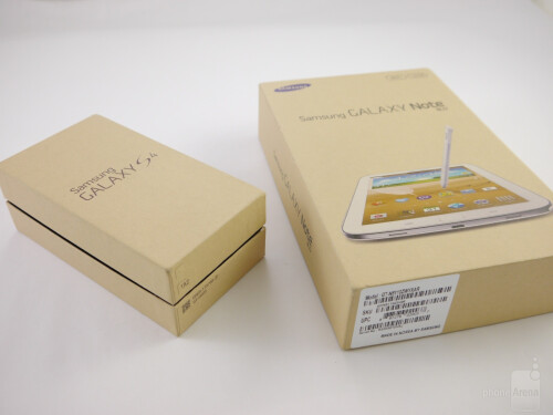 The retail boxes of the Galaxy S4 and Galaxy Note 8.0
