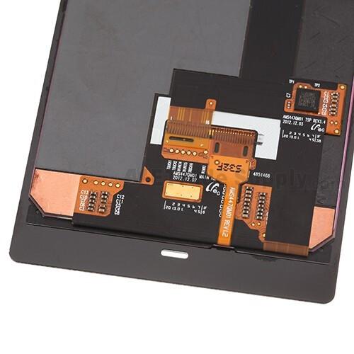Nokia Lumia 928 parts pictured with Verizon branding