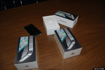 Apple lends the cops Apple iPhone units to use in the sting