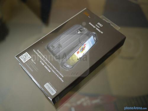 iSkin Exo Samsung Galaxy S4 case hands-on
