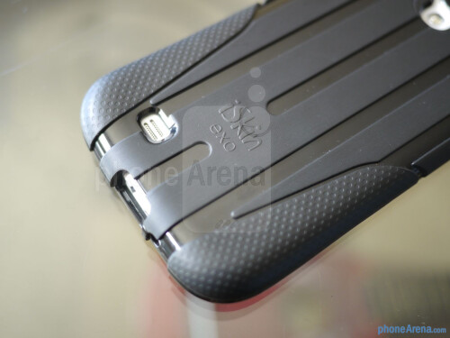 iSkin Exo Samsung Galaxy S4 case hands-on