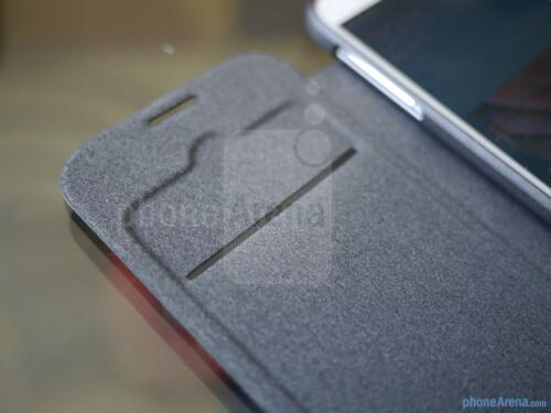 Cygnett FlipFiber Samsung Galaxy S4 case hands-on