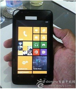 This is alleged to be the 4.7 inch Nokia Lumia 625