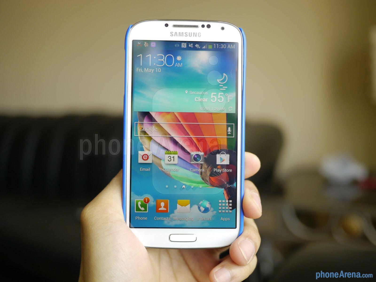 Cygnett Form Samsung Galaxy S4 case hands-on | PhoneArena reviews