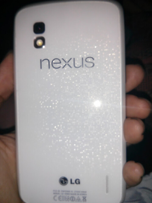 White Nexus 4 shows up, all ready for Google I/O 2013