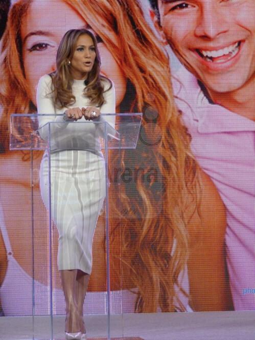 Viva Movil by Jennifer Lopez is a new premium Verizon retailer focusing on Latino consumers
