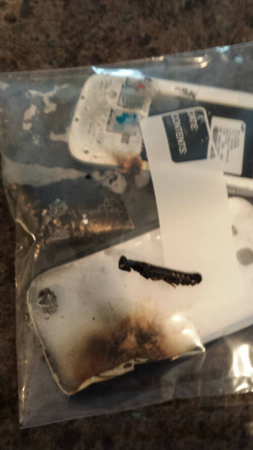 Galaxy S III spontaneous combustion