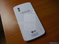 white-Google-Nexus-4-by-LG-21