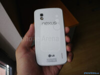 white-Google-Nexus-4-by-LG-71