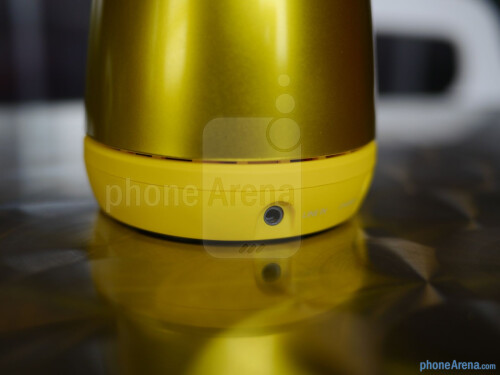 Jam Plus Wireless Bluetooth Speaker hands-on