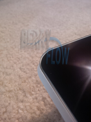 Pictures supposedly of the BlackBerry Z5 - Entry level BlackBerry Z5 image leaked