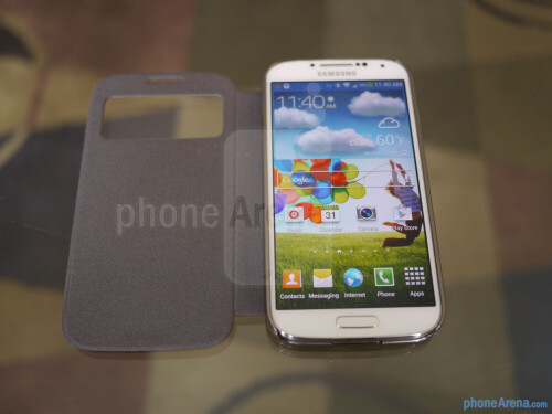 Spigen Ultra Fip View case for the Samsung Galaxy S4 hands-on