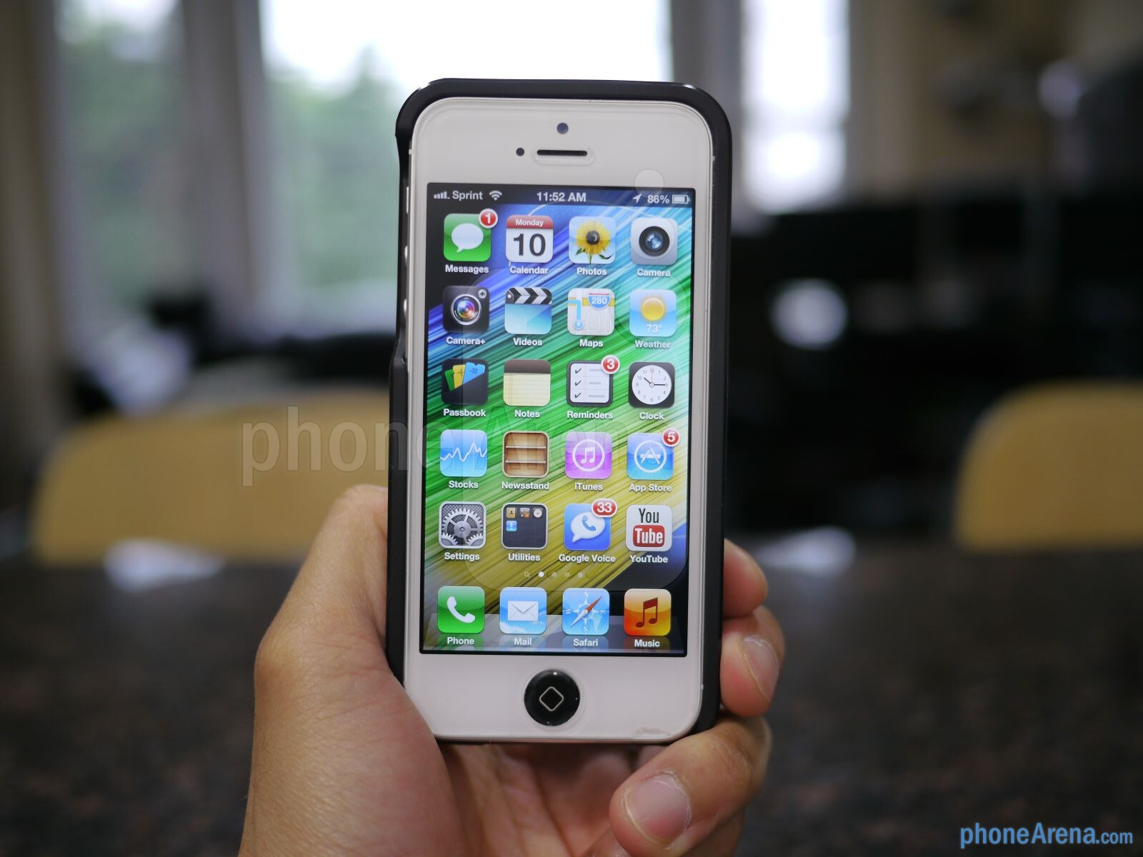 Mycharge Freedom 2000 Iphone 5 Battery Case Hands On