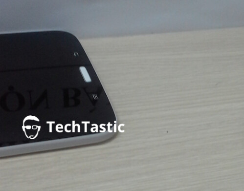 Samsung Galaxy Tab 3 8.0 in black with white trim