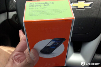 Dummy units of the BlackBerry Q10 are arriving at AT&T's retail stores