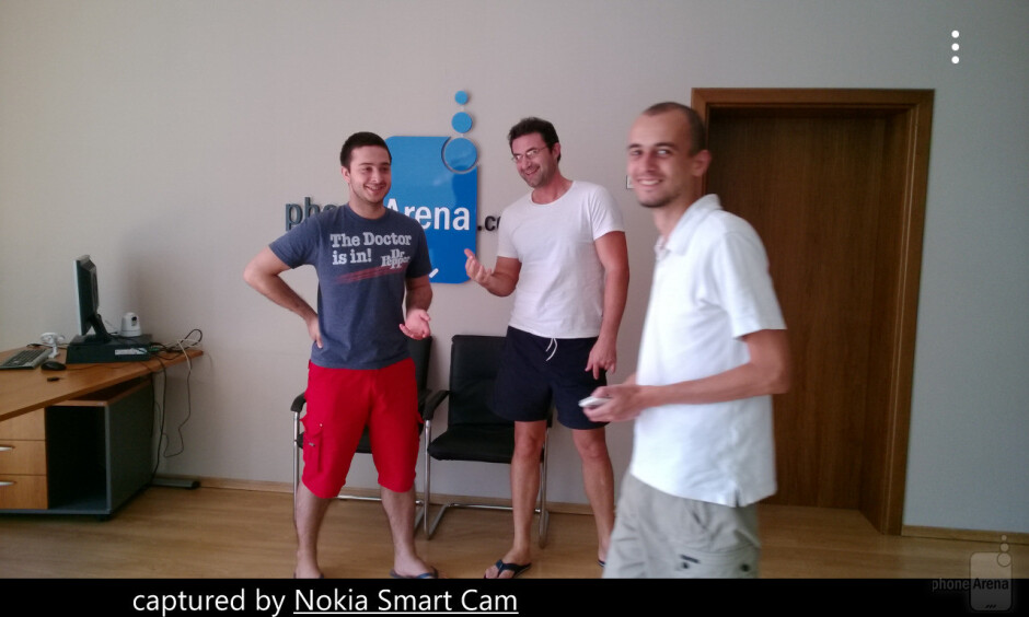Removing a moving object from a photo using Nokia Smart Cam - Nokia Smart Cam on the Nokia Lumia 925 is the cure for photobombs, here's a demo