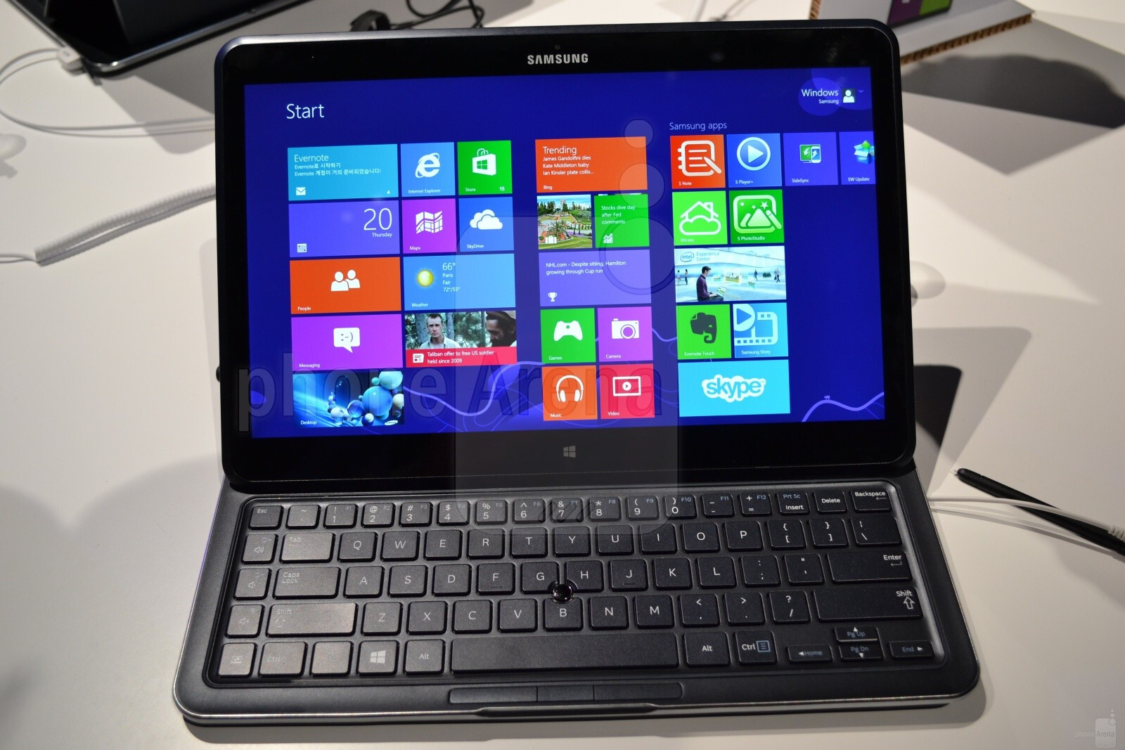 Hands on with Samsung Ativ Q