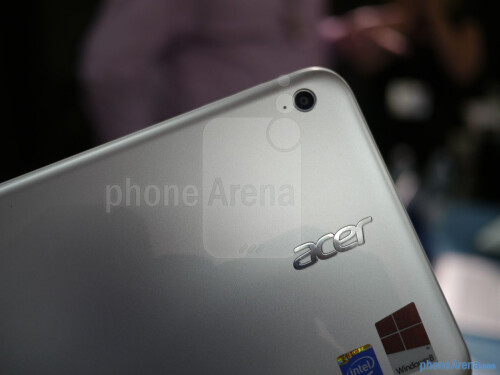 Acer Iconia W3 hands-on