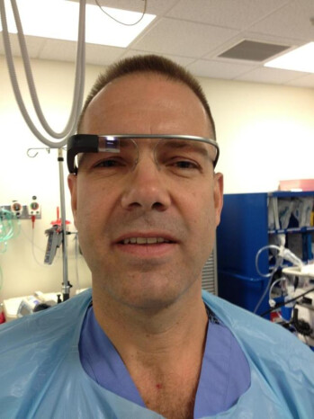 Dr. Rafael Grossman, wearing Google Glass in the OR